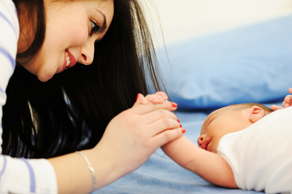Develop A Bond With Your New Baby